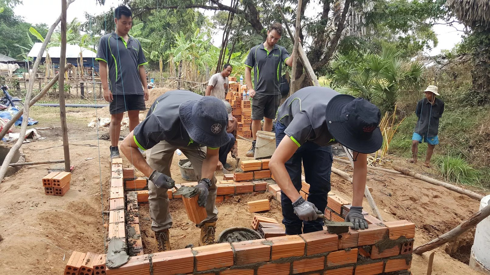 Cambodia_Toilet_Engineering_Volunteer